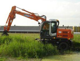 Vincent Verhuur neemt Hitachi ZX 140 W-3 in gebruik