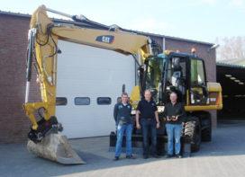Cat M 313 D maakt machinepark Van Berkel compleet