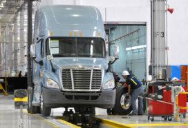 Daimler Trucks opent nieuwe fabriek in Mexico