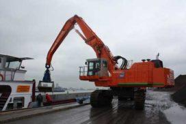 Hitachi levert maatwerk aan Van Bentum Recycling