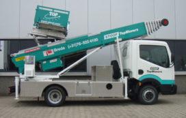 Stoof neemt Klaas HV 29/4.5M op Nissan in gebruik