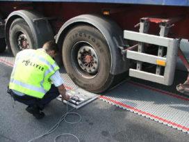 Vrachtauto vaak te zwaar beladen