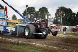 Tractoren, trucks en Rowwen Hèze