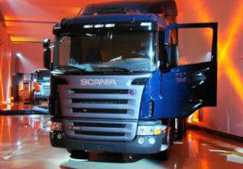 Scania boekt 44% lagere kwartaalwinst