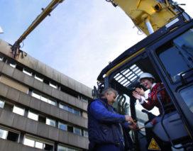 Sloopmachines 'vermalen' Rotterdam CS tot puin