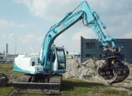 Hyundai H 140 LCD-7A  bouwend bezig bij Stabo