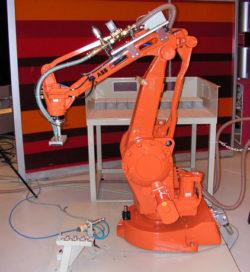 Innovatieve robot doet werk van drie straatmakers
