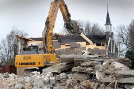 Sloopbedrijf Sturm en Dekker in zwaar weer