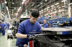Volvo Trucks werkt nog maar één dag per week