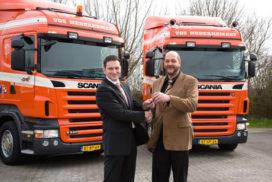 Vos neemt tien nieuwe Scania's in gebruik