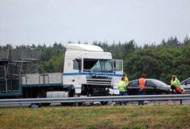 Vrachtwagens botsen op de A32 Heerenveen-zuid
