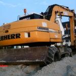 Liebherr A916