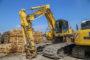 Van Aalsburg bouwt Komatsu rupsgraver om tot moeraskraan