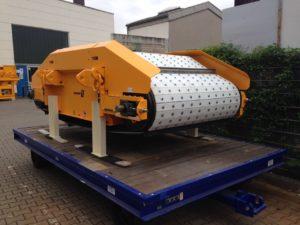 Van der Spek Vianen leverde een 10 ton zware Steinert elektromagneet aan OBA in Amsterdam. De UME 16 175R elektromagneet is opgebouwd op één van de scheepverladingssystemen van OBA. Door het zeer sterke magnetische veld van de Steinert kan OBA zijn klanten een ijzervrij product leveren.