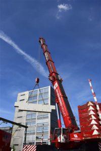 Kraanleverancier Wagenborg heeft op het project Aanpak Ring Zuid in Groningen een fietstunnel en kabelkoker geplaatst. Beide tunnels zijn onder het spoor geplaatst. Wagenborg zette een 500-tons en 700-tons kraan in om de elementen te plaatsen.