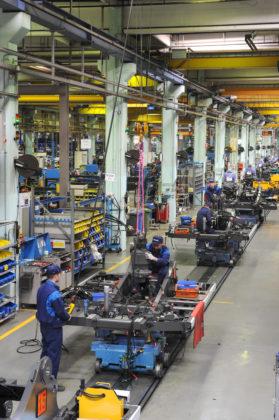 Beeldvaneen assemblagestraatin de Volvo-fabriek inKonz.