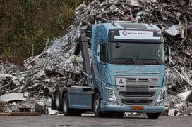 Eerste Volvo FH Ocean Race Edition voor Oosting Metaal Recycling