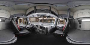 Om potentiële kopers een beter beeld te kunnen geven van het voertuig komt Renault Trucks nu met 360 graden video en een Virtual Reality-applicatie. Bezoekers van de onlinje webshop kunnen een kijkje nemen in de cabine van de Renault Trucks T High en er zijn verschillende details in de cabine uitgelicht.