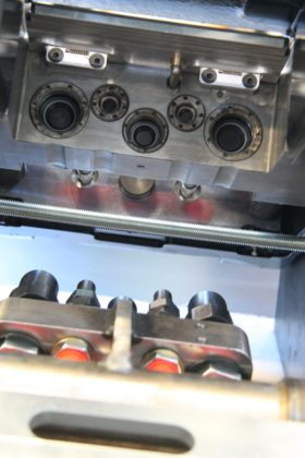 Het SQ-systeem van Steelwrist is volledig uitwisselbaar met OilQuick. De Zweden zien dat systeem van de marktleider de standaard wordt.
