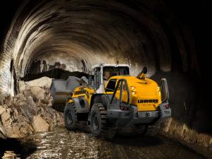 De Liebherr XPower wielladers L 550, L 556, L 566 en L 567 zijn nu leverbaar in speciale tunnelversies. De machines zijn, specifiek voor tunnelbouw, uitgerust met een geluiddichte cabine, gewapend glas en ROPS/FOPS bescherming tegen vallend gesteente of materiaal.