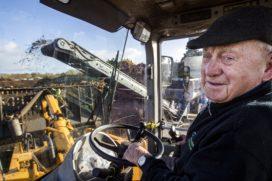 Klaas Piel (86) al zeventig jaar machinist