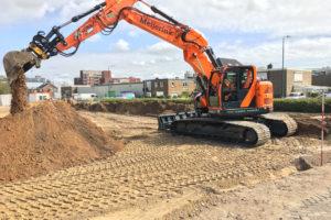 Hyundai HX235LCR voor Meijerink Wegenbouw